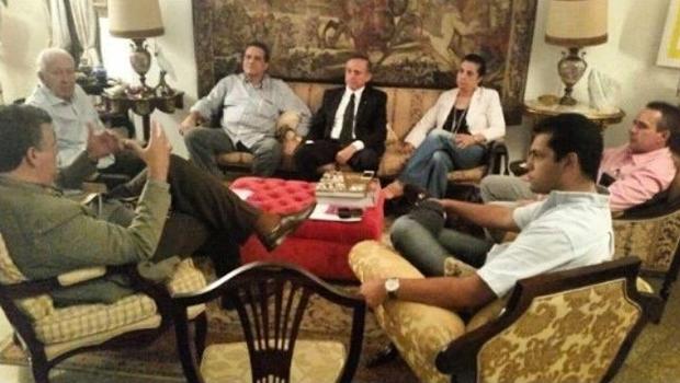 Tucanos de Goiânia reunidos: professor Nion Albernaz quer liderar projeto anti-Paulo Garcia | Foto: Facebook Thiago Albernaz