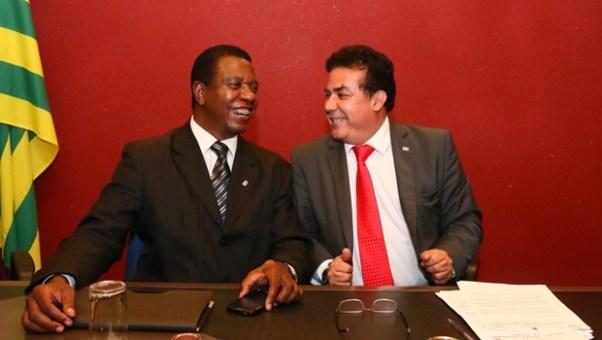 Presidente Enil Henrique e o vice Antônio Carlos: direção da OAB-GO está completa e preparada | Foto: Fernando Leite / Jornal Opção
