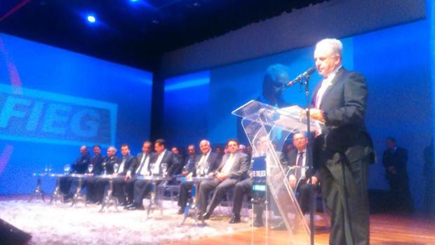 Presidente da Fieg defende que segmento deve trabalhar a fim de vencer crise nacional