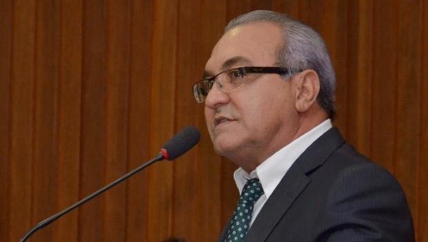 Prefeito Jânio Darrot recebe título de cidadão goianiense