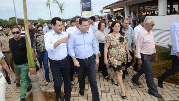 Marconi inaugura novo cartão-postal da Cidade de Goiás