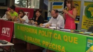 De preto, presidente da CUT, Bia de Lima; ao lado, de branco, secretário da CNBB, Daniel | Foto: divulgação/ Facebook