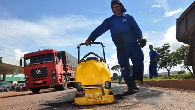 Em 2014, foram mais de 30 mil toneladas de massa asfáltica para realizar melhorias em 60 quilômetros de pavimentação | Prefeitura de Anápolis