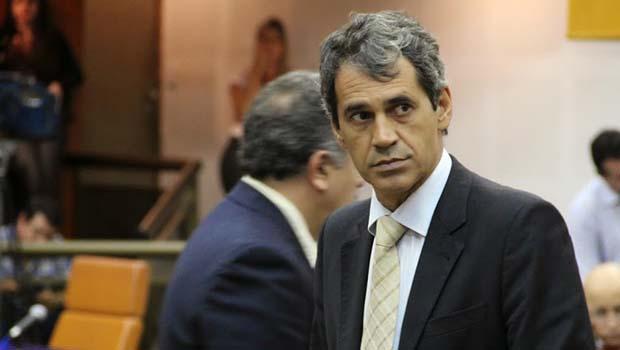 Iminência de protestos não preocupa líder de Paulo Garcia