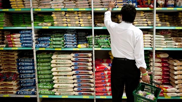 Supermercado: principal alvo das medidas de contenção de gastos | Foto: Marcelo Camargo ABr