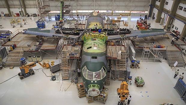 Em cinco anos, Embraer fez US$ 4,9 bilhões de empréstimos com BNDES | Foto: Johnson Barros