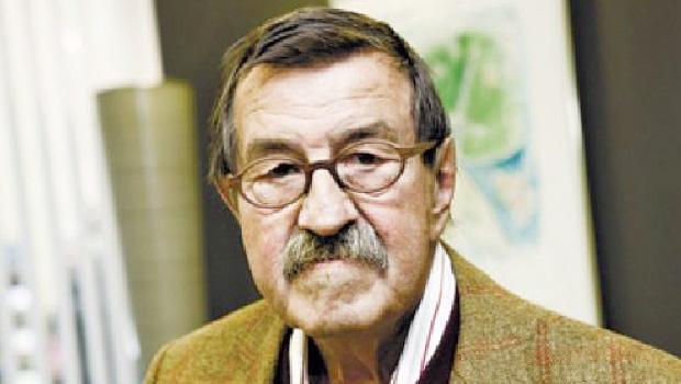 """Günter Grass é autor de um grande romance, """"O Tambor"""", que foi levado ao cinema"""