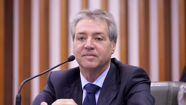 Ex-presidente da Assembleia Helder Valin é acionado pelo Ministério Público