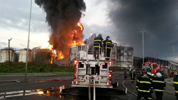 Incêndio iniciou às 10h da última quinta-feira | Foto: Corpo de Bombeiros da PMESP