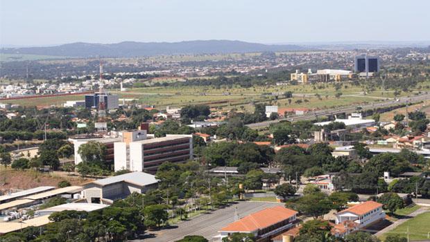 Vereadores propõem decreto para evitar construção de condomínio no Park Lozandes