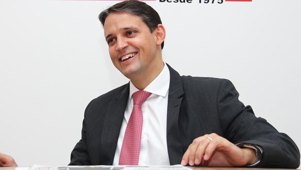 Thiago Peixoto durante entrevista ao Jornal Opção | Foto: Fernando Leite