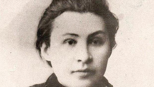 Historiador britânico divulga foto da grande paixão do russo Lênin