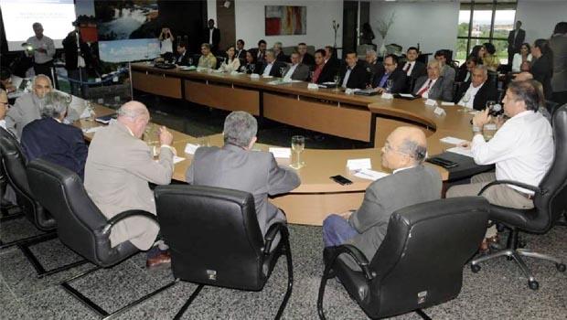 Governador Marcelo Miranda em reunião com secretariado: modelo de gestão respaldado em dois pilares — gestão por resultados e aproximação com cidadãos   Foto: Lia Mara