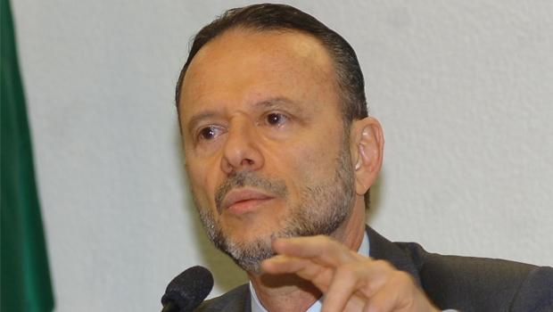 """Luciano Coutinho: o executor da """"política dos campeões""""   Foto: Marcello Casal Jr./Abr"""