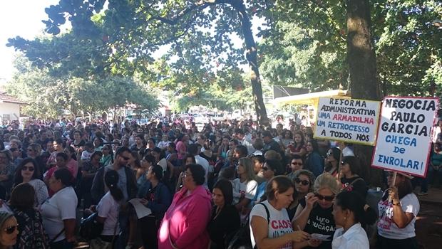 Após 37 dias, greve da Educação municipal chega ao fim