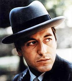 Mike Corleone: o mafioso quis se tornar empresário, limpando seus negócios, mas descobriu que o mundo legal estava inteiramente contaminado pelo mundo ilegal