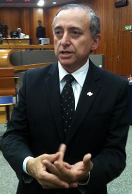 Anselmo Pereira diz que vereadores tem obrigação a doença   Foto: Marcello Dantas