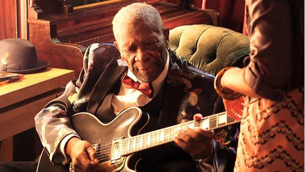 Considerado rei do blues, músico B.B. King morre aos 89 anos