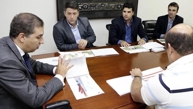Vice-governador e secretário se reúne com empresários da Brasal | Foto: Wildes Barbosa