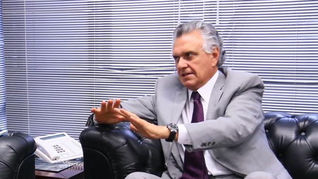 Adversários pretendem detonar mais uma bomba contra Ronaldo Caiado