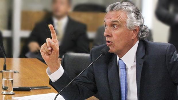 """""""Vão dizer que Mujica traiu o movimento?"""", questionou senador"""