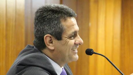 Base de Paulo Garcia quer mais reparos na reforma