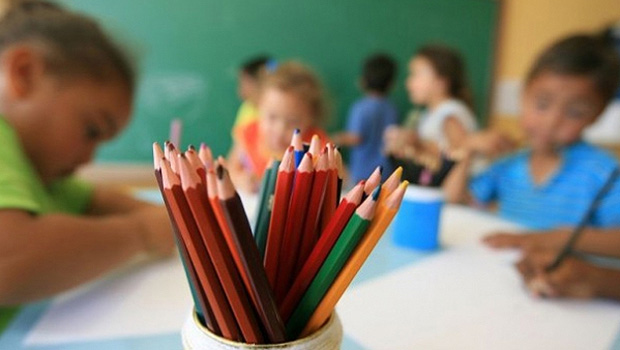 Educação estadual deflagra greve na próxima quarta-feira