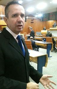 """""""Percebemos uma farra de processos só com capa, oco"""", diz Geovani Antônio   Foto: Marcello Dantas/Jornal Opção Online"""