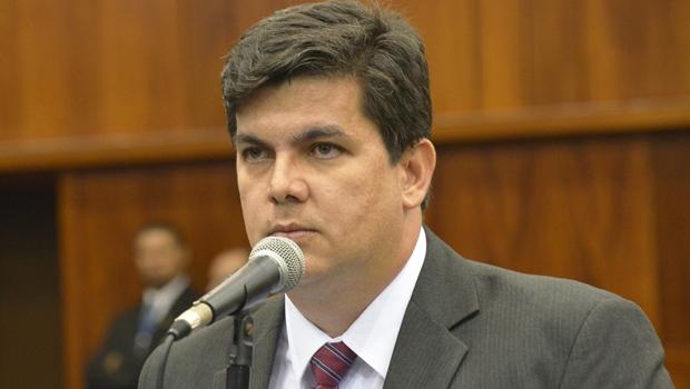 Deputado Jean garante duplicação entre Itauçu e Itaberaí   Foto: Marcos Kennedy / Alego