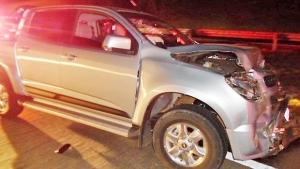 Caminhonete atingiu carro que dava apoio aos manifestantes   Foto: Polícia Rodoviária Federal/Divulgação