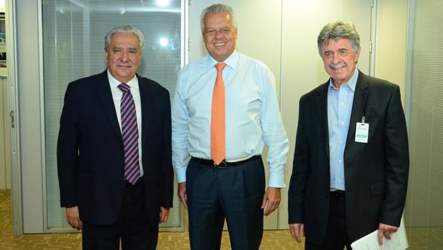 Vilmar Rocha discute obras da BR-153 com ministro dos Transportes