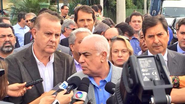 Ministro dos Transportes concede coletiva após visita   Foto: Prefeitura de Goiânia