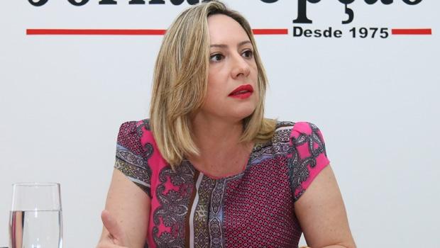 """Adriana Accorsi: """"Pessoas que, até ontem, abraçavam o prefeito, no outro dia, disseram que ele não presta"""""""
