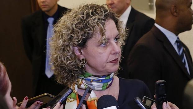 """Ana Carla Abrão sobre balanço de 2015: """"Mesmo com cortes, investimos R$ 600 milhões"""""""