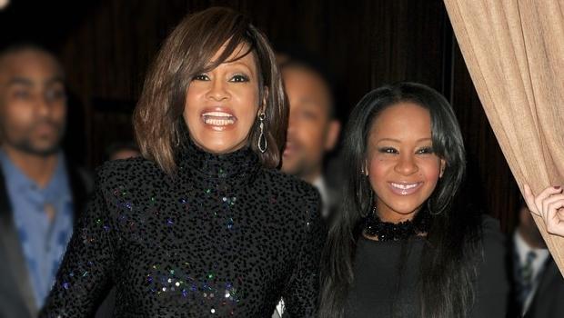 Filha de Whitney Houston será enterrada ao lado da mãe