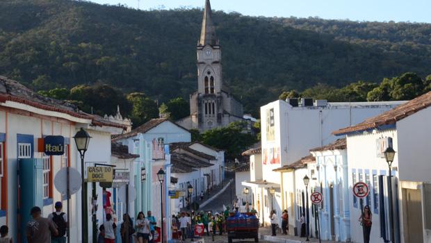 Ação da UFG faz projeto de moradias para famílias de baixa renda na cidade de Goiás
