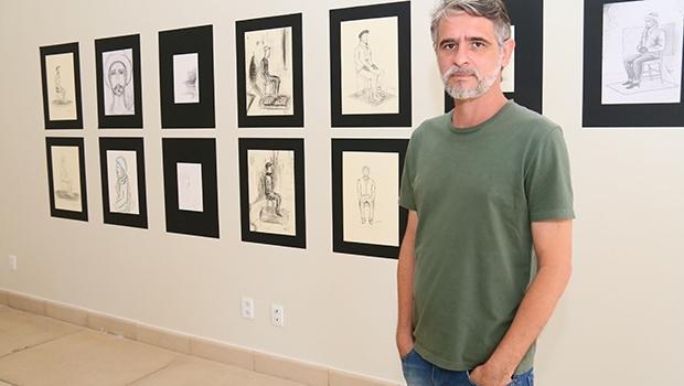 O artista Gutto Lemes destaca que não há modelos vivos em Goiânia, cujo exercício  é parte da didática antropométrica