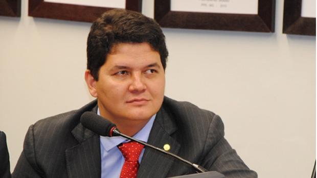 Juraci e Lissauer estariam insatisfeitos com o deputado federal Heuler Cruvinel | Foto: Divulgação