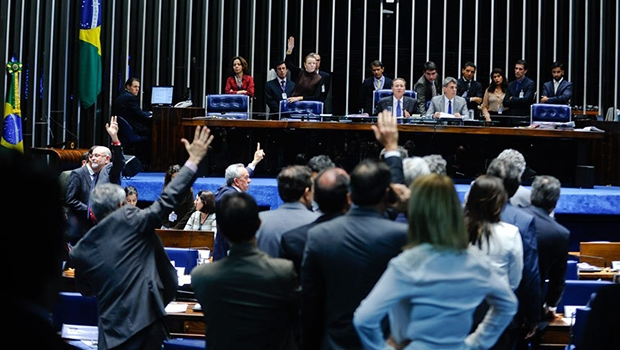 Painel registrou presença de 35 parlamentares às 23h40 | Foto: Moreira Mariz/Agência Senado