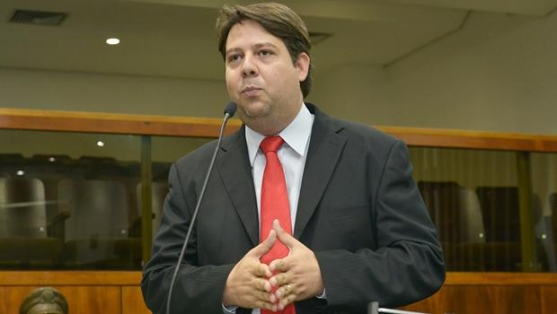 Ex-deputado Karlos Cabral não vai sair do PT e quer disputar Prefeitura de Rio Verde