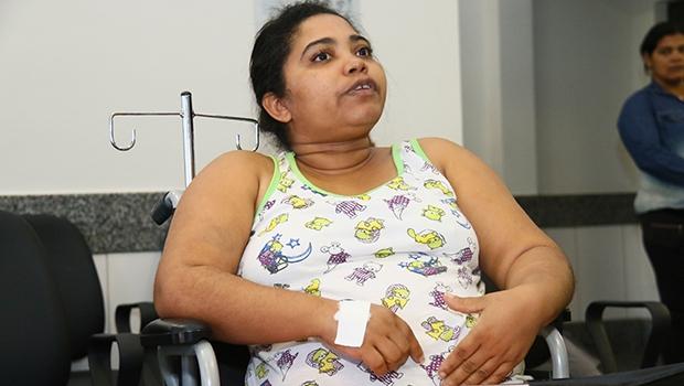 Silvana de Oliveira saiu de Palmeiras de Goiás para ser atendida no Hugol