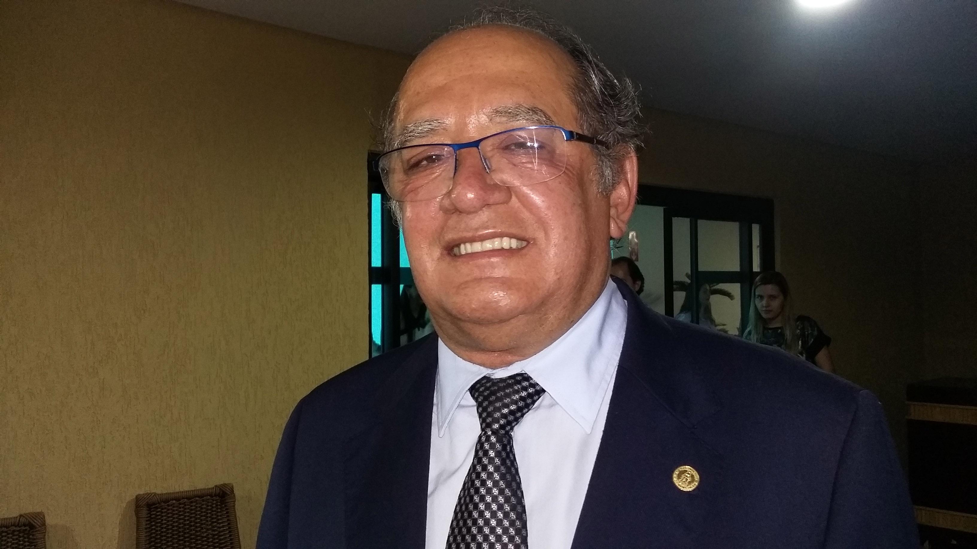 A favor da descriminalização, Gilmar Mendes diz que campanhas podem diminuir número de usuários