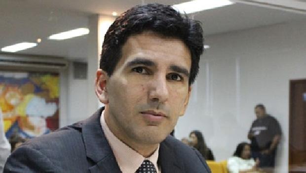 """Vereador Júnior Geo: """"É meu papel fiscalizar os gastos da prefeitura"""""""