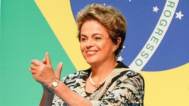 Salvar mandato de Dilma Rousseff é decretar o impeachment do Brasil
