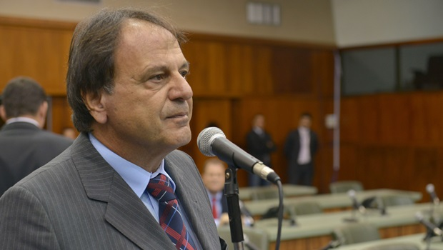 Adib Elias é acionado na Justiça a pagar IPTU atrasado