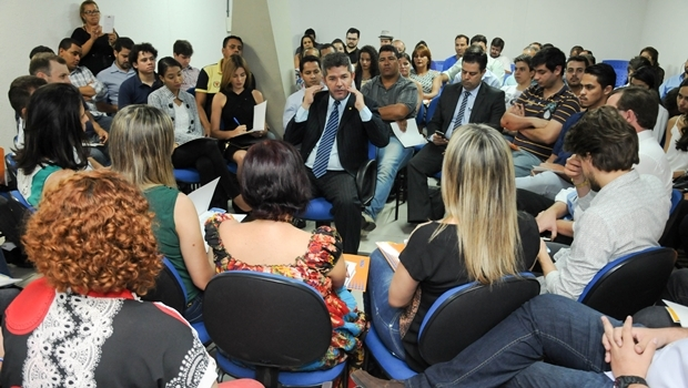 Delegado Waldir é sabatinado por lideranças e jovens do PSDB | Foto: Renan Accioly / Jornal Opção