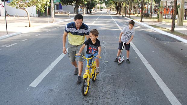 """Paulo Garcia quer """"pessoas felizes"""" com Domingo no Centro"""