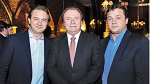 Wesley Batista (à direita), com os irmãos Joseley e Júnior Friboi | Foto: Reprodução