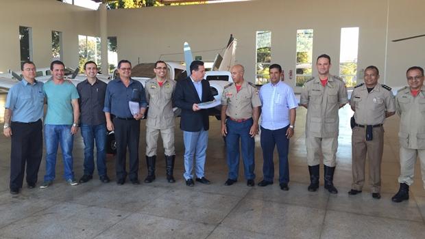 Governador entrega aeronave ao Corpo de Bombeiros | Foto: Ascom Bombeiros