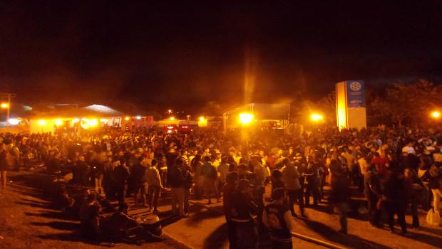 Penúltimo dia de festival enche as ruas de Goiás
